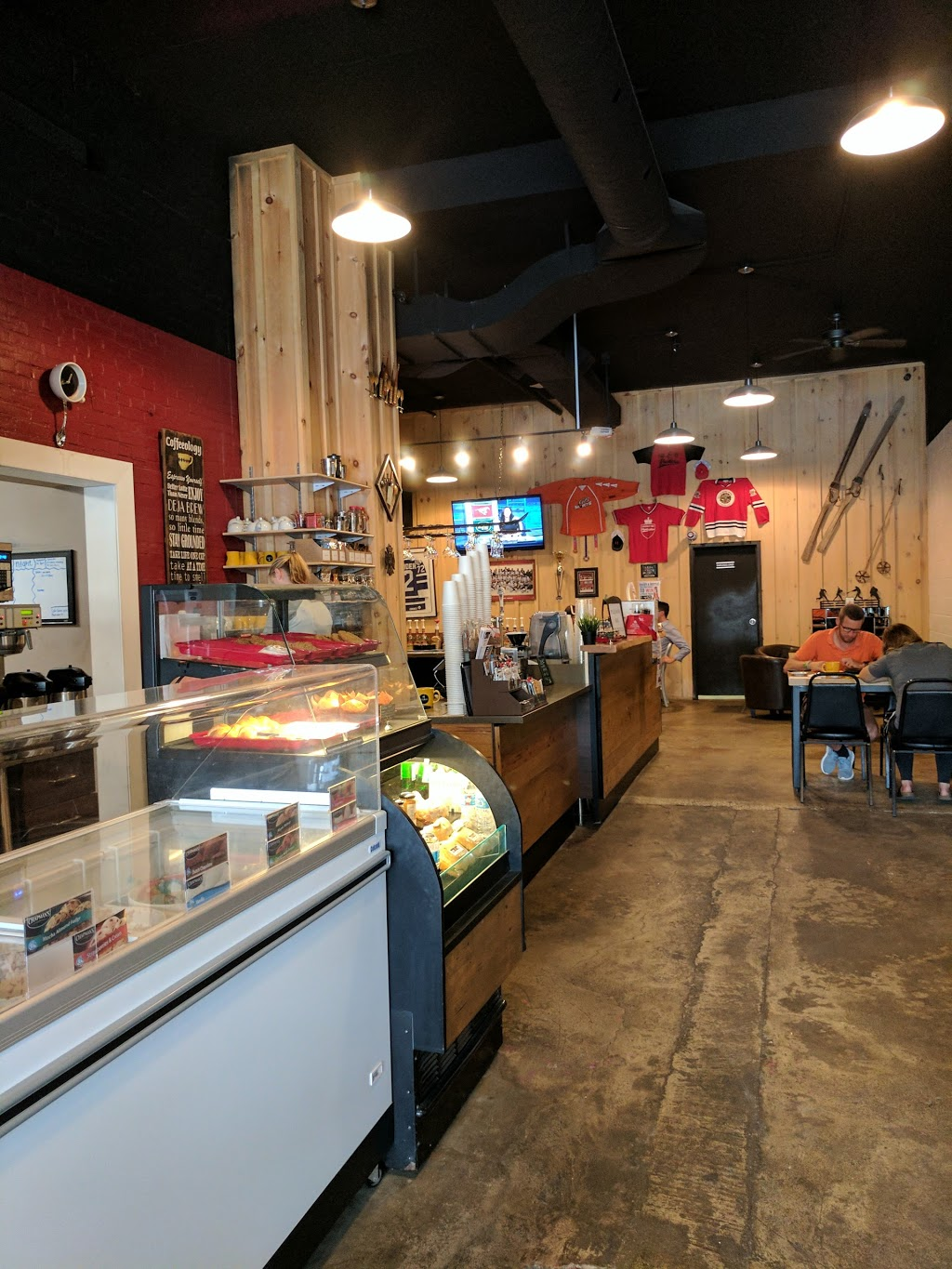 Fire & Ice | cafe | 19 Toronto St N, Markdale, ON N0C 1H0, Canada | 2269101358 OR +1 226-910-1358