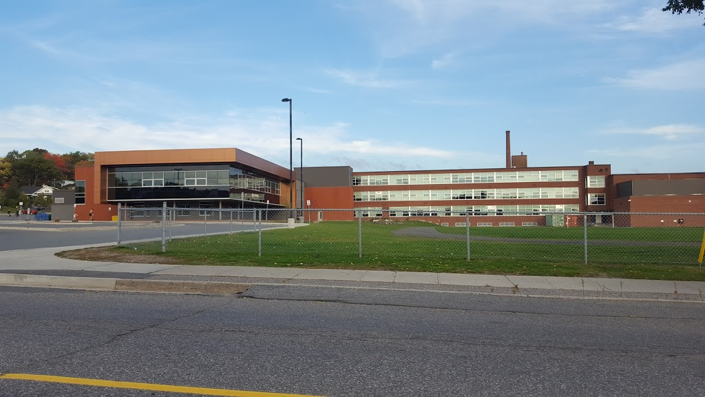 Sudbury Secondary School | school | 154 College St, Sudbury, ON P3C 4Y2, Canada | 7056747551 OR +1 705-674-7551