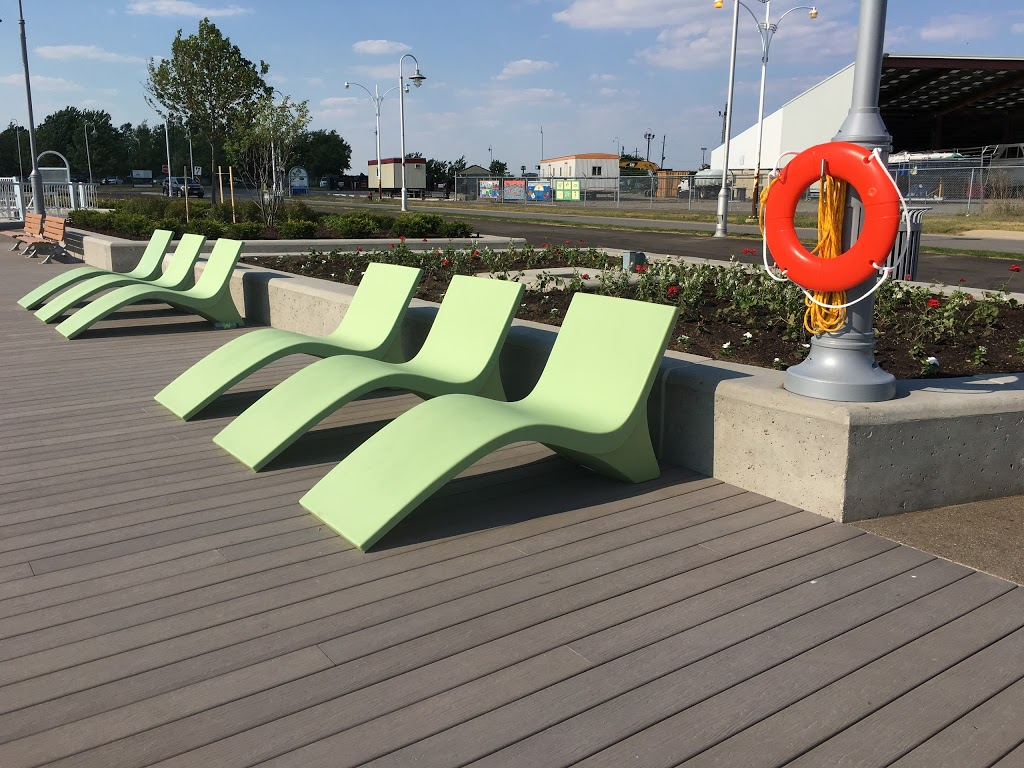 Pier 7 Boardwalk | park | 8B4, 57 Discovery Dr, Hamilton, ON L8L 8B4, Canada