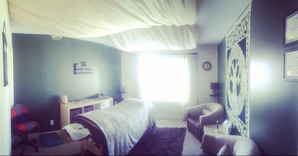 anamchara holistic home | gym | 16 Ave, Surrey, BC V4A 1P9, Canada | 7786800069 OR +1 778-680-0069