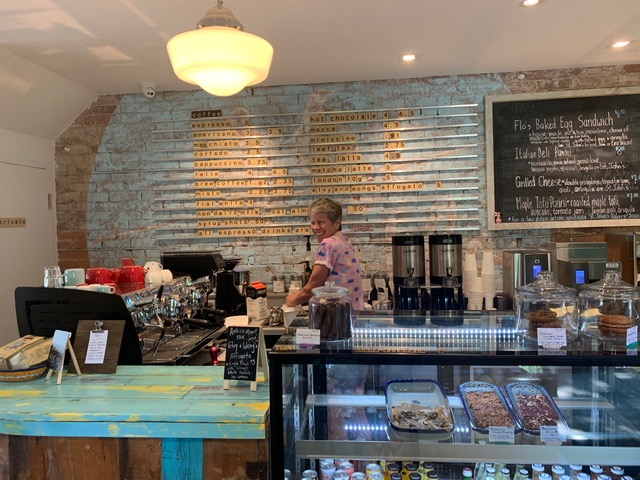 Elvy & Flo Cafe | cafe | 713 Gerrard St E, Toronto, ON M4M 1Y5, Canada | 4164691477 OR +1 416-469-1477