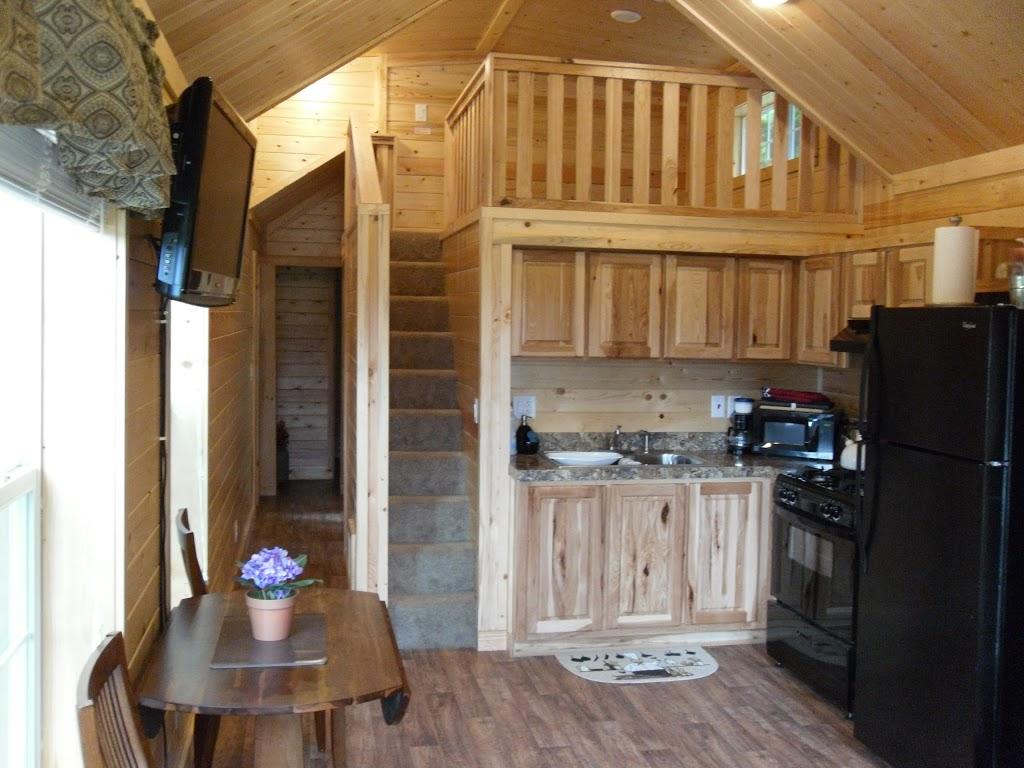 Camperland RV Resort & Cabins | campground | 53730 Bridal Falls Rd, Rosedale, BC V0X 1X1, Canada | 6047947361 OR +1 604-794-7361