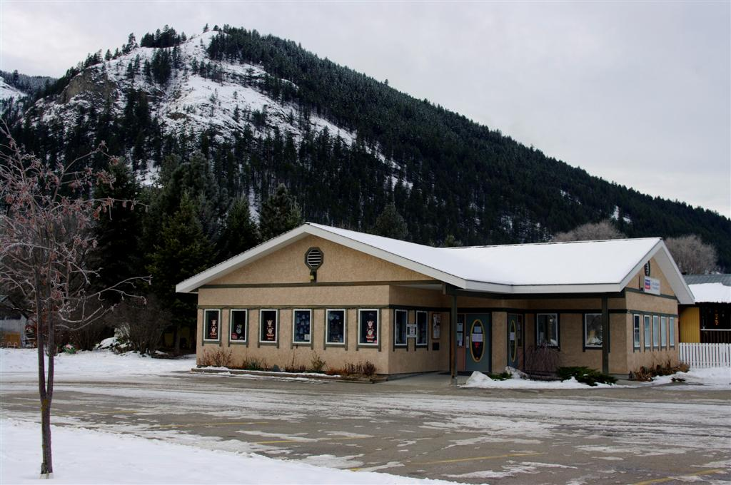 Midway Public Library   library   612 6 Ave, Midway, BC V0H 1M0, Canada   2504492620 OR +1 250-449-2620