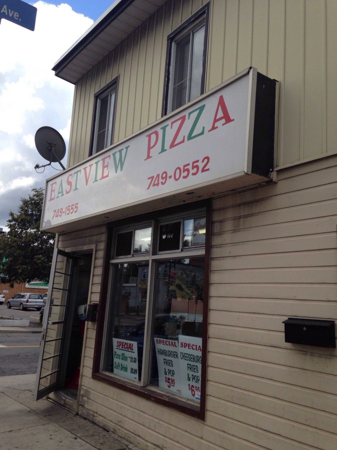 Eastview Pizza | meal delivery | 251 Montreal Rd, Vanier, ON K1L 6C4, Canada | 6137496476 OR +1 613-749-6476