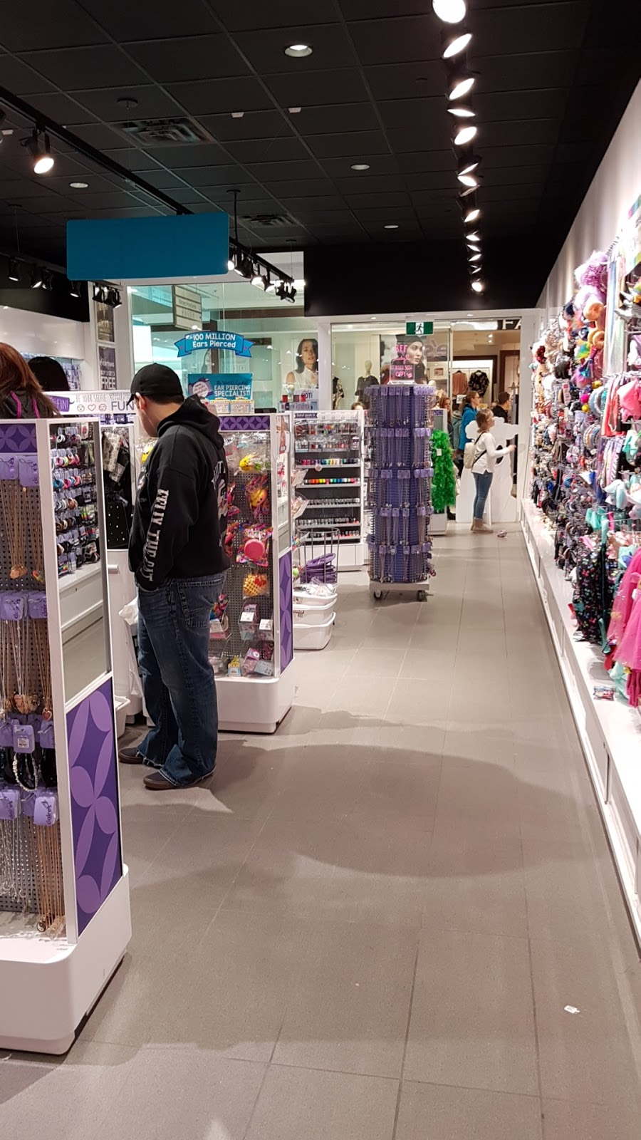 Claires | jewelry store | 21 Micmac Blvd, Dartmouth, NS B3A 4N3, Canada | 9024619413 OR +1 902-461-9413