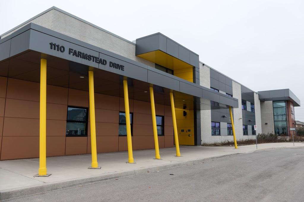 Boyne Public School   school   1110 Farmstead Dr, Milton, ON L9E 0B5, Canada   9058649641 OR +1 905-864-9641
