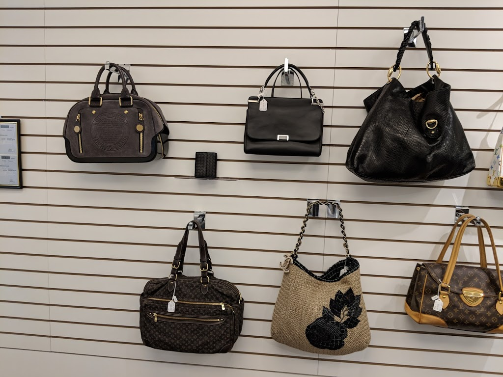 Oliver Jewellery - Jewelry store   500 Rexdale Blvd Unit