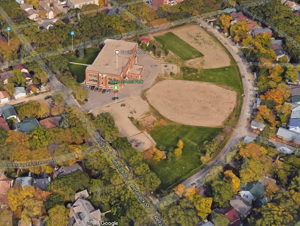 Crescents School | park | 2401 Retallack St, Regina, SK S4T 2L2, Canada