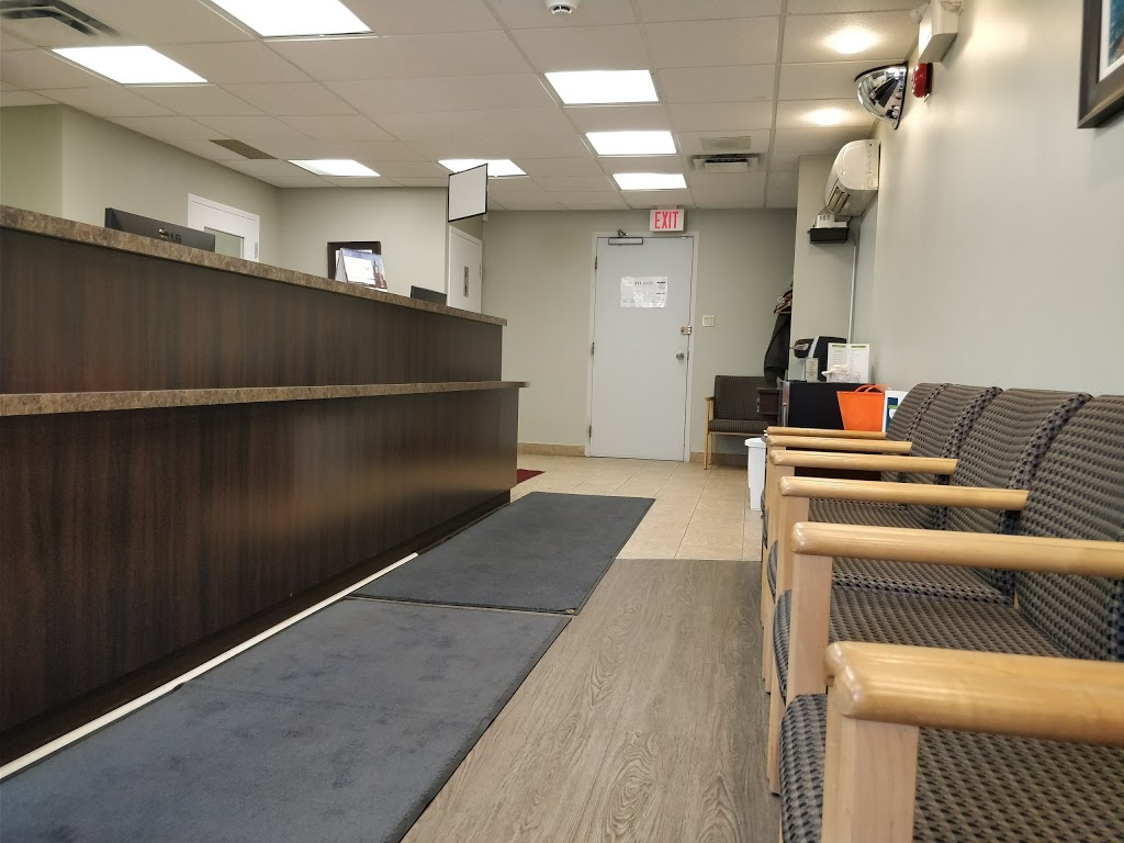 Connexion Dental Care Group   dentist   261 Montreal Rd #400, Vanier, ON K1L 8C7, Canada   6137412444 OR +1 613-741-2444