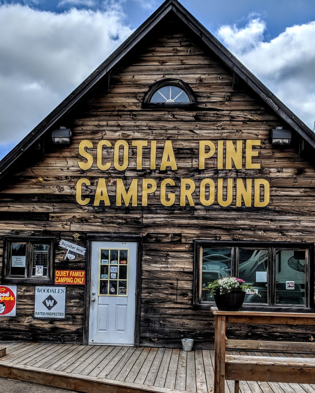 Scotia Pine Campground | campground | 1911 Nova Scotia Trunk 2, Brookfield, NS B0N 1C0, Canada | 8778933666 OR +1 877-893-3666
