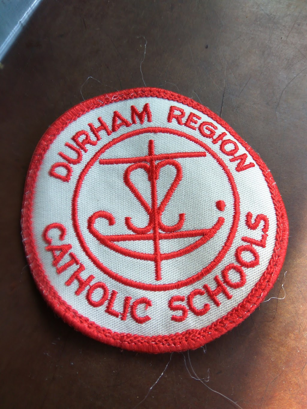 Durham Catholic District School Board | school | 650 Rossland Rd W, Oshawa, ON L1J 7C4, Canada | 9055766150 OR +1 905-576-6150