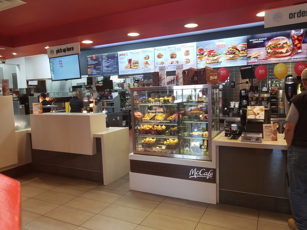 McDonalds | cafe | 3912 Macleod Trail SE, Calgary, AB T2G 2R5, Canada | 4032437828 OR +1 403-243-7828
