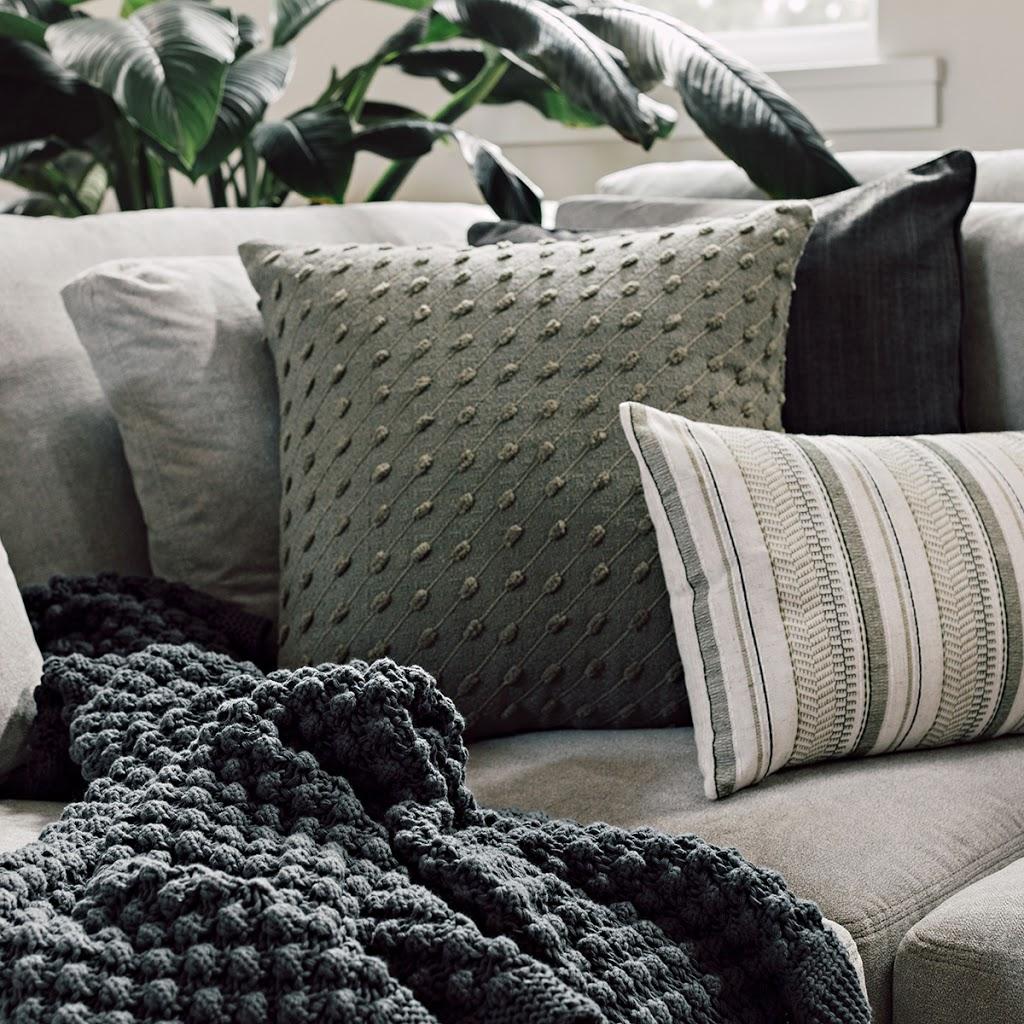 Urban Barn South Surrey   furniture store   15057 32 Ave #920, Surrey, BC V4P 0A2, Canada   6045381300 OR +1 604-538-1300
