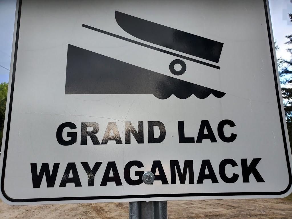 Zec Bessonne, poste Wayagamac | point of interest | Chemin du Lac-Wayagamac, La Tuque, QC G9X 3N8, Canada | 8195235540 OR +1 819-523-5540