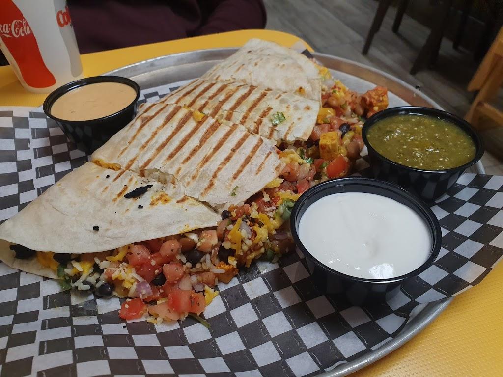 Burrito gringo Merivale | restaurant | 1715 Merivale Rd, Nepean, ON K2G 3K2, Canada | 6137239699 OR +1 613-723-9699