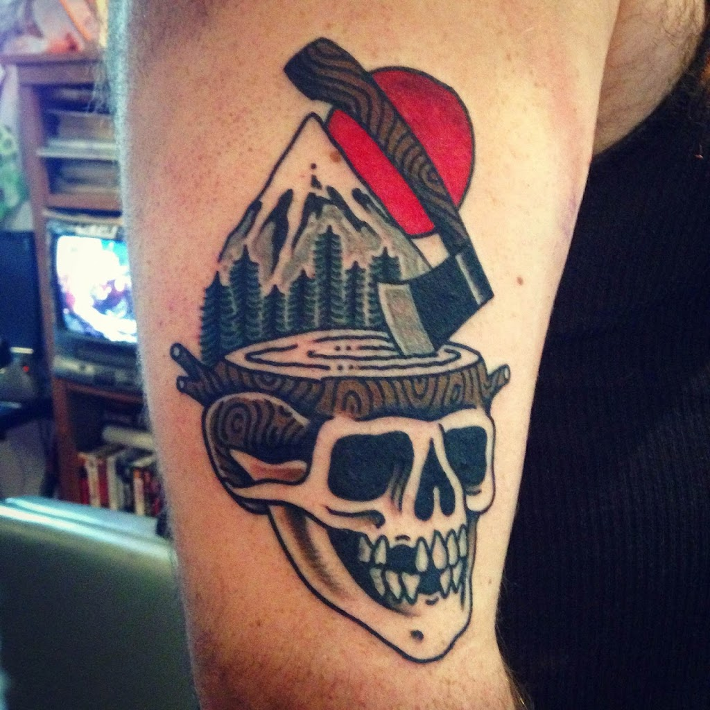 Otherside Tattoo | store | 561 Gladstone Ave, Ottawa, ON K1R 5P2, Canada | 6135694545 OR +1 613-569-4545