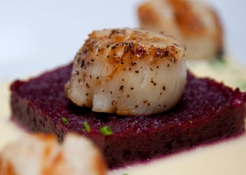 Le Caveau | restaurant | 11611 Nova Scotia Trunk 1, Grand Pré, NS B0P 1M0, Canada | 9025427177 OR +1 902-542-7177