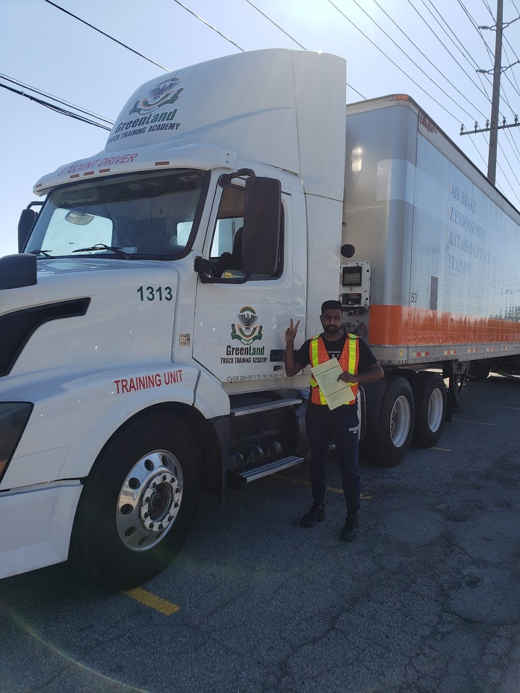 GREENLAND TRUCK TRAINING ACADEMY | point of interest | 7071 Airport Rd Unit #10, Mississauga, ON L4T 4J3, Canada | 9059020034 OR +1 905-902-0034