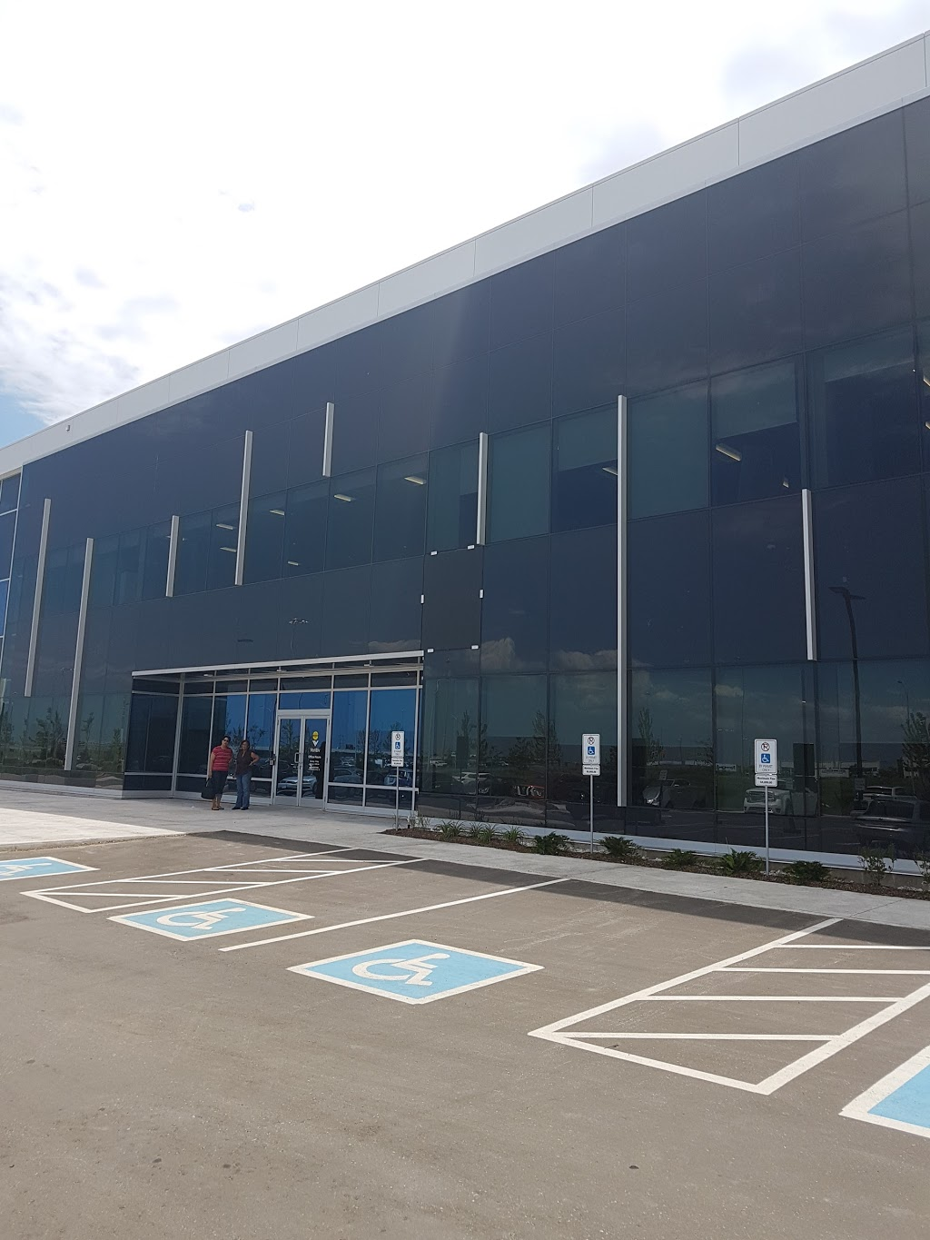 Veritiv | point of interest | 125 Madill Blvd, Mississauga, ON L5W 0H1, Canada | 8003873871 OR +1 800-387-3871