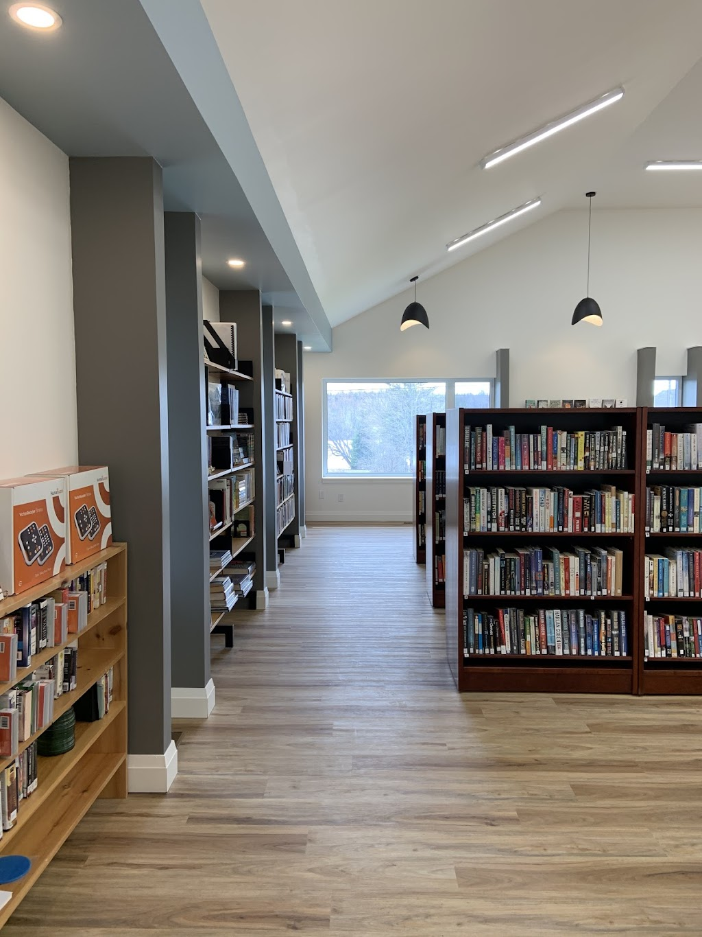 Whitestone Public Library & Technology Centre | library | 2206 Hwy 124, Dunchurch, ON P0A 1G0, Canada | 7053893311 OR +1 705-389-3311