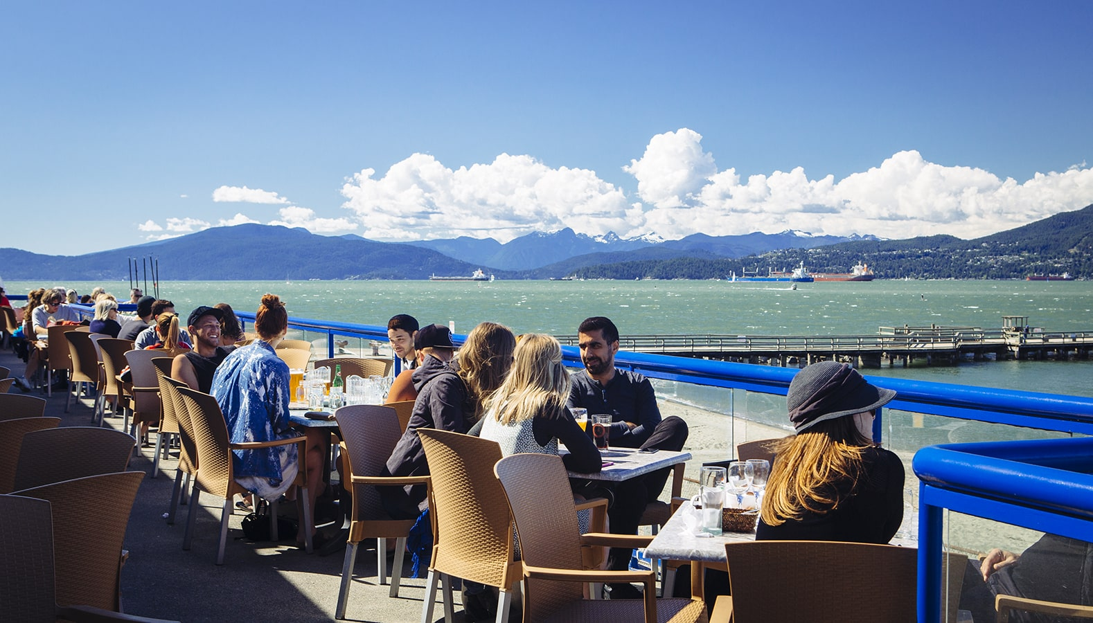 The Galley Patio & Grill | restaurant | 1300 Discovery St, Vancouver, BC V6R 4K5, Canada | 6042221331 OR +1 604-222-1331