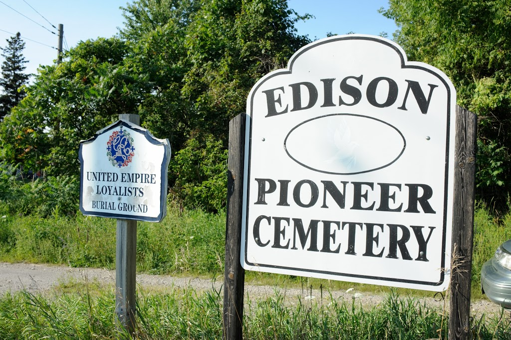 Edison Pioneer Cemetery | cemetery | 55580-56084 Tunnel Line, Vienna, ON N0J 1Z0, Canada