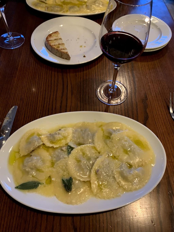 Luciano Trattoria | restaurant | 1212 Rue Saint-Zotique E, Montréal, QC H2S 1N5, Canada | 5143031204 OR +1 514-303-1204