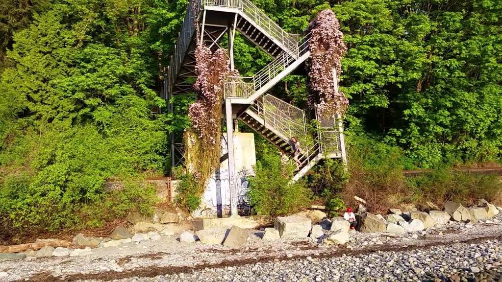 Christopherson Steps   park   2409 Christopherson St, Surrey, BC V4A 3L2, Canada   6045914011 OR +1 604-591-4011