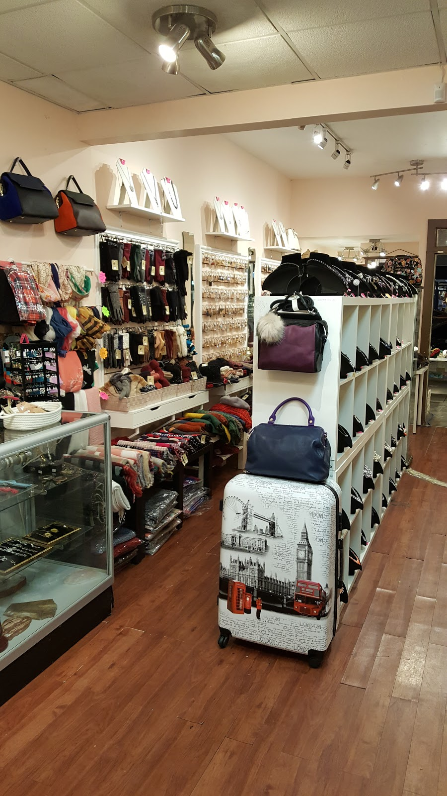GraceMee.com | clothing store | 10 Grenoble Dr, North York, ON M3C 1C6, Canada | 4167378682 OR +1 416-737-8682