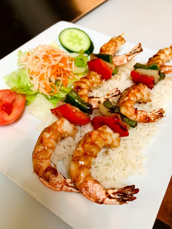 Restaurant Ly Anh   restaurant   38 Rue Saint-Joseph, Granby, QC J2G 6T6, Canada   4503729993 OR +1 450-372-9993