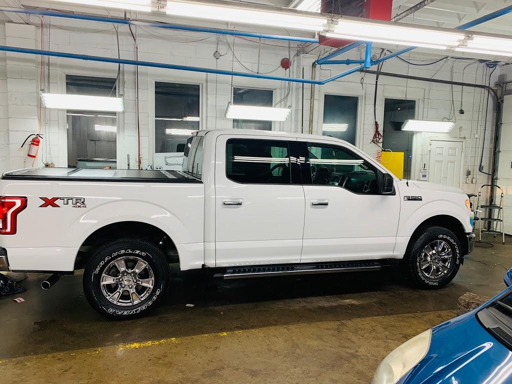 Barton Car Wash | car wash | 985 Barton St E, Hamilton, ON L8L 3C8, Canada | 9055458098 OR +1 905-545-8098