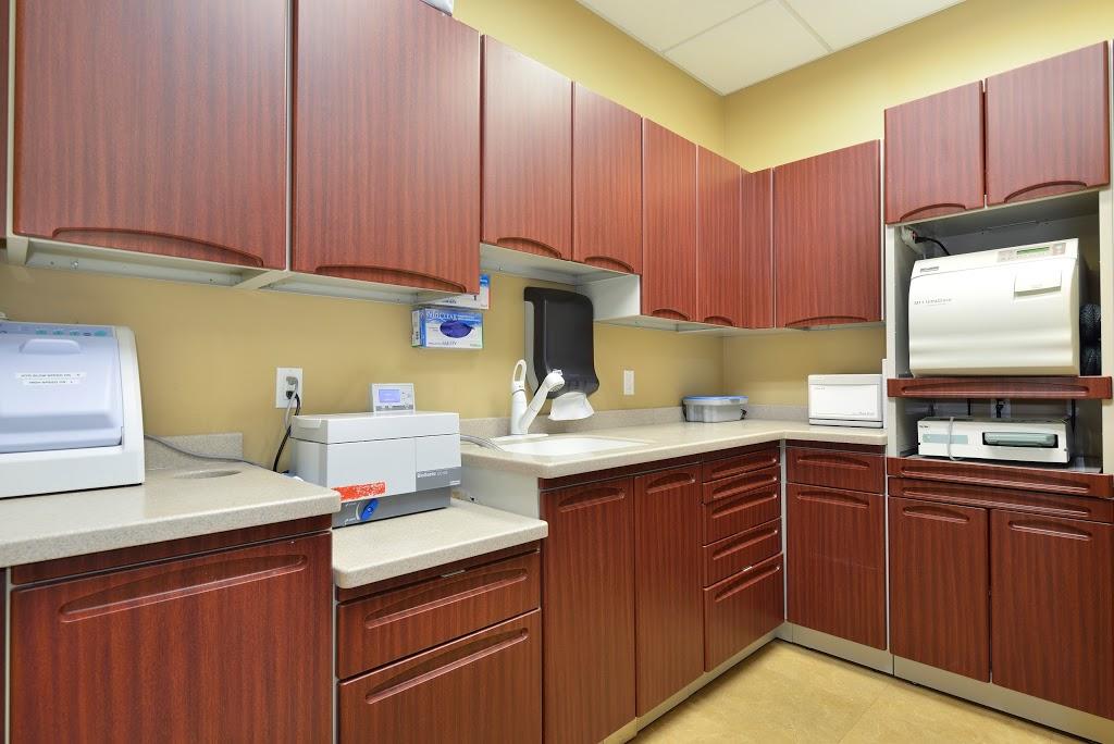 Dawson Dental Centre | dentist | 36 Northfield Dr E Suite 9, Waterloo, ON N2L 6A1, Canada | 5198880300 OR +1 519-888-0300