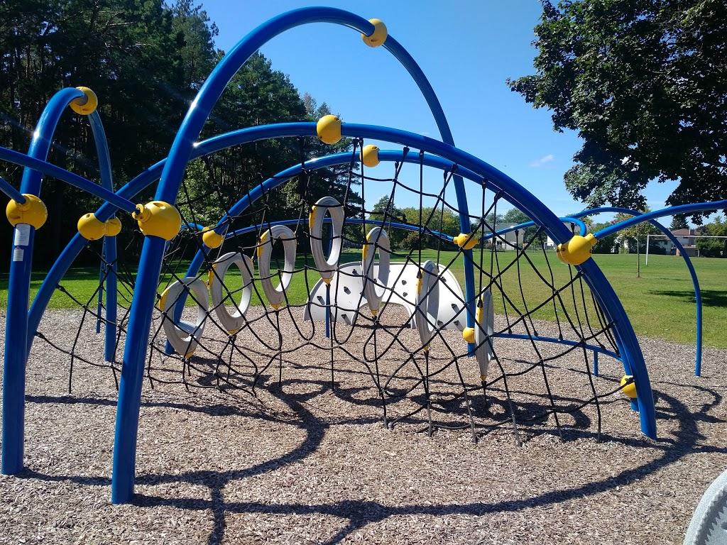 Russett Park | park | 1272 Somerville St, Oshawa, ON L1G 4L2, Canada | 9054363311 OR +1 905-436-3311