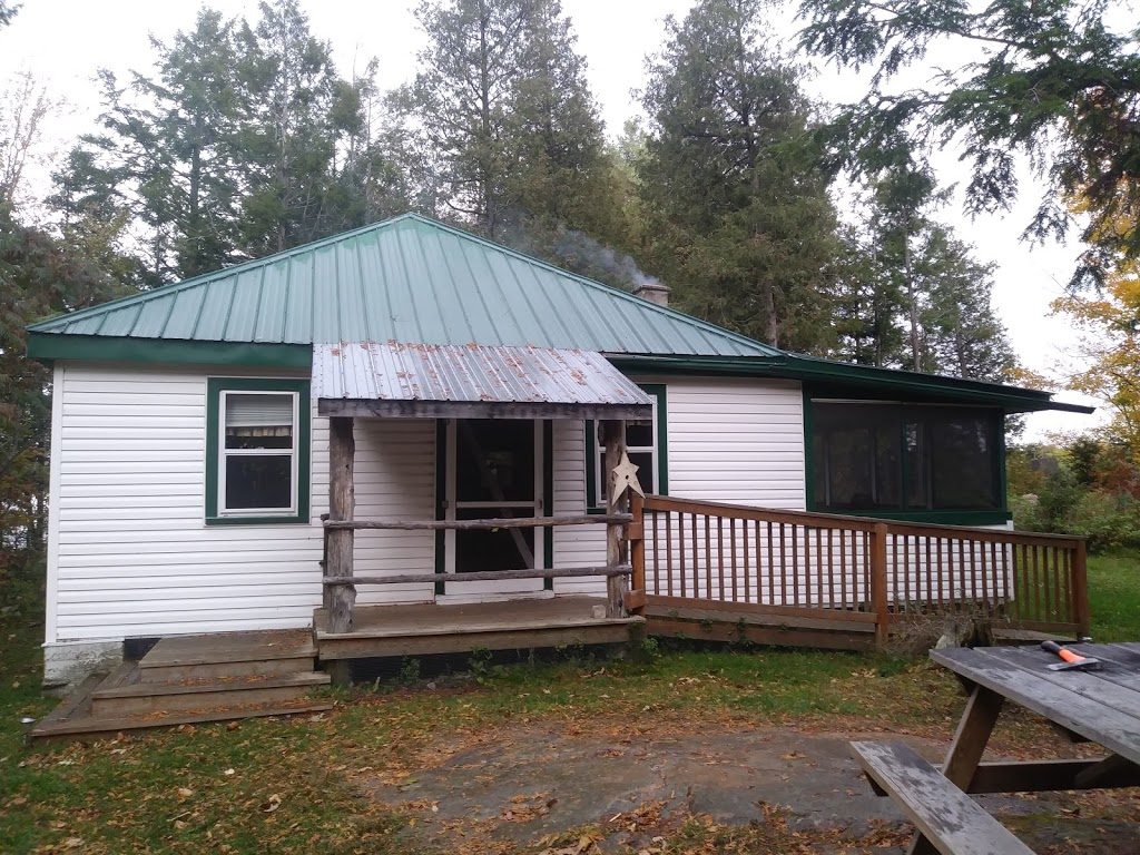 Long Lake Ranch | point of interest | 1398 Cronk Rd, Parham, ON K0H 2K0, Canada | 6133756467 OR +1 613-375-6467