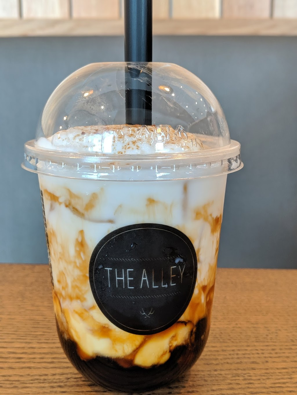 The Alley | cafe | 382 Yonge St Unit 1, Toronto, ON M5B 1S9, Canada | 4165972200 OR +1 416-597-2200