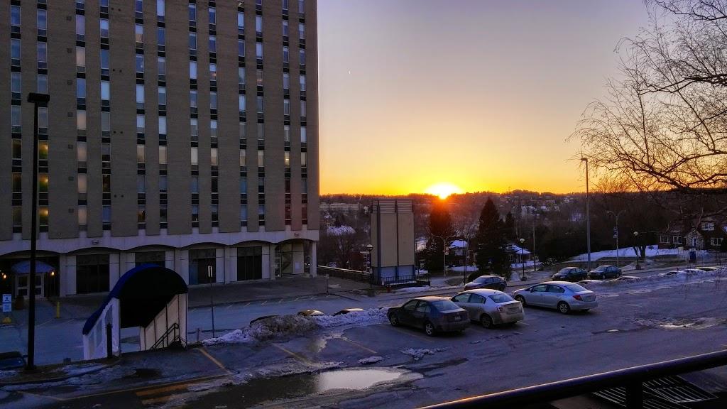 Résidences du Cégep de Sherbrooke | lodging | Rue Terrill, Sherbrooke, QC J1E 3B1, Canada | 81956463505248 OR +1 819-564-6350 ext. 5248