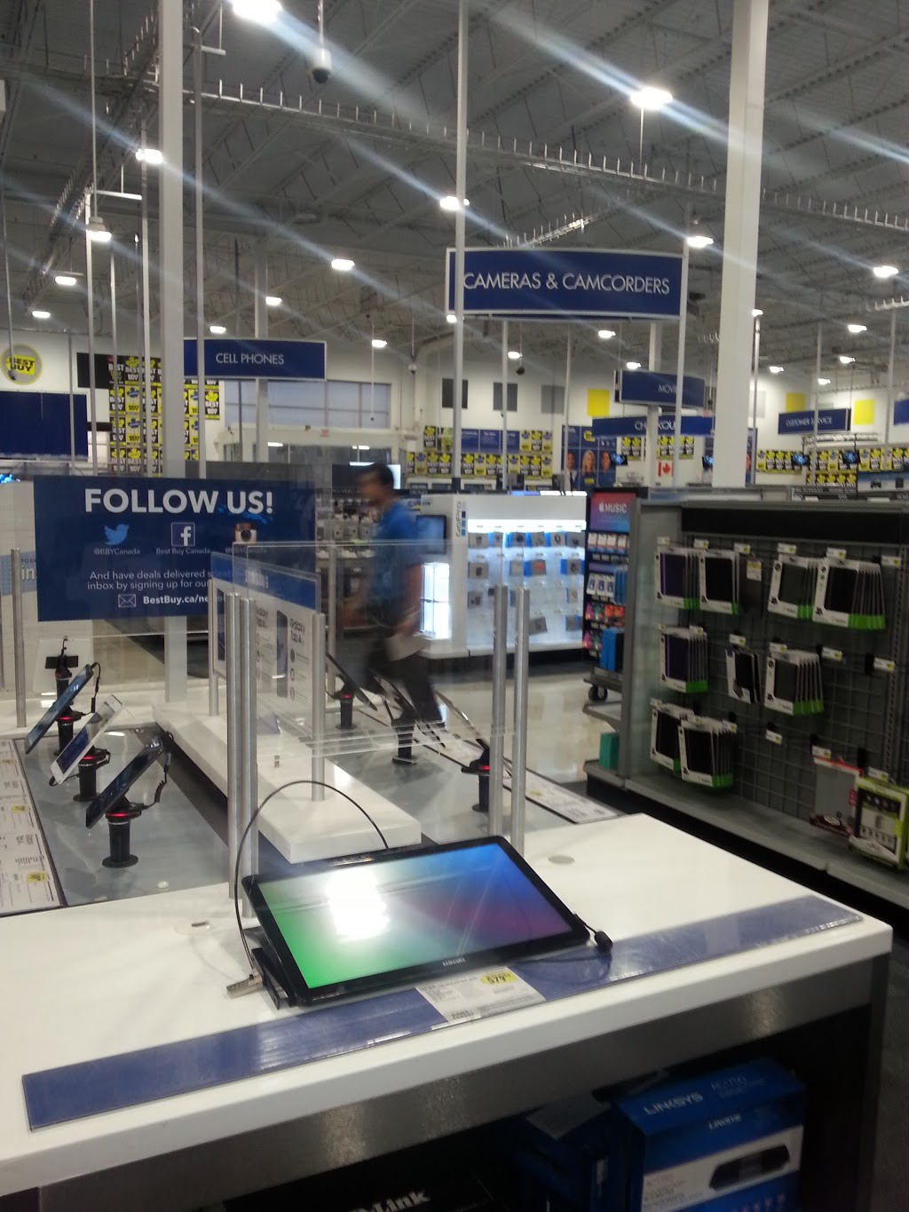 Best Buy | electronics store | RioCan Centre, 770 Gardiners Rd, Kingston, ON K7M 3X9, Canada | 6138872599 OR +1 613-887-2599