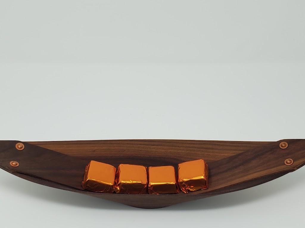 Chocolat Voyageur   store   35 Railway Crescent, Hampton, NB E5N 5L5, Canada   5064354454 OR +1 506-435-4454