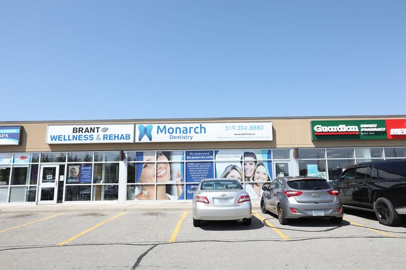 Monarch Dentistry | dentist | 265 King George Rd, Brantford, ON N3R 6Y1, Canada | 2264000644 OR +1 226-400-0644