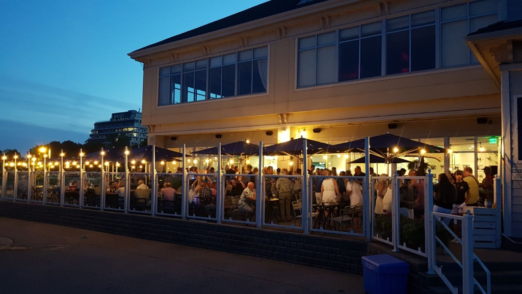 The Bronte Boathouse | restaurant | 2340 Ontario St, Oakville, ON L6L 6P7, Canada | 2898152469 OR +1 289-815-2469