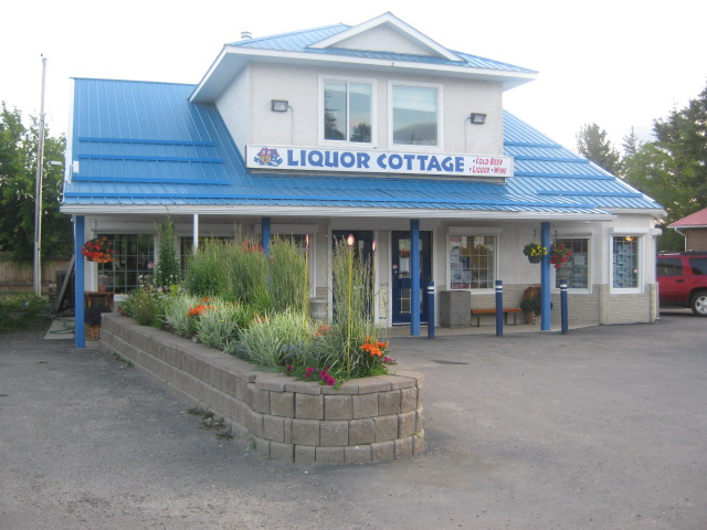 Liquor Cottage | store | 4720 47 St, Alberta Beach, AB T0E 0A0, Canada | 7809243385 OR +1 780-924-3385