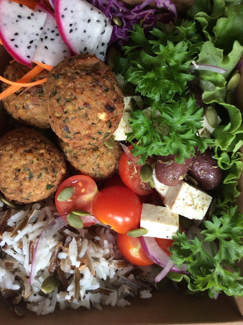 Cuit-Zen/cuisine végétale/pour emporter | cafe | 35 Chemin de Vale Perkins, Mansonville, QC J0E 1X0, Canada | 4502924895 OR +1 450-292-4895