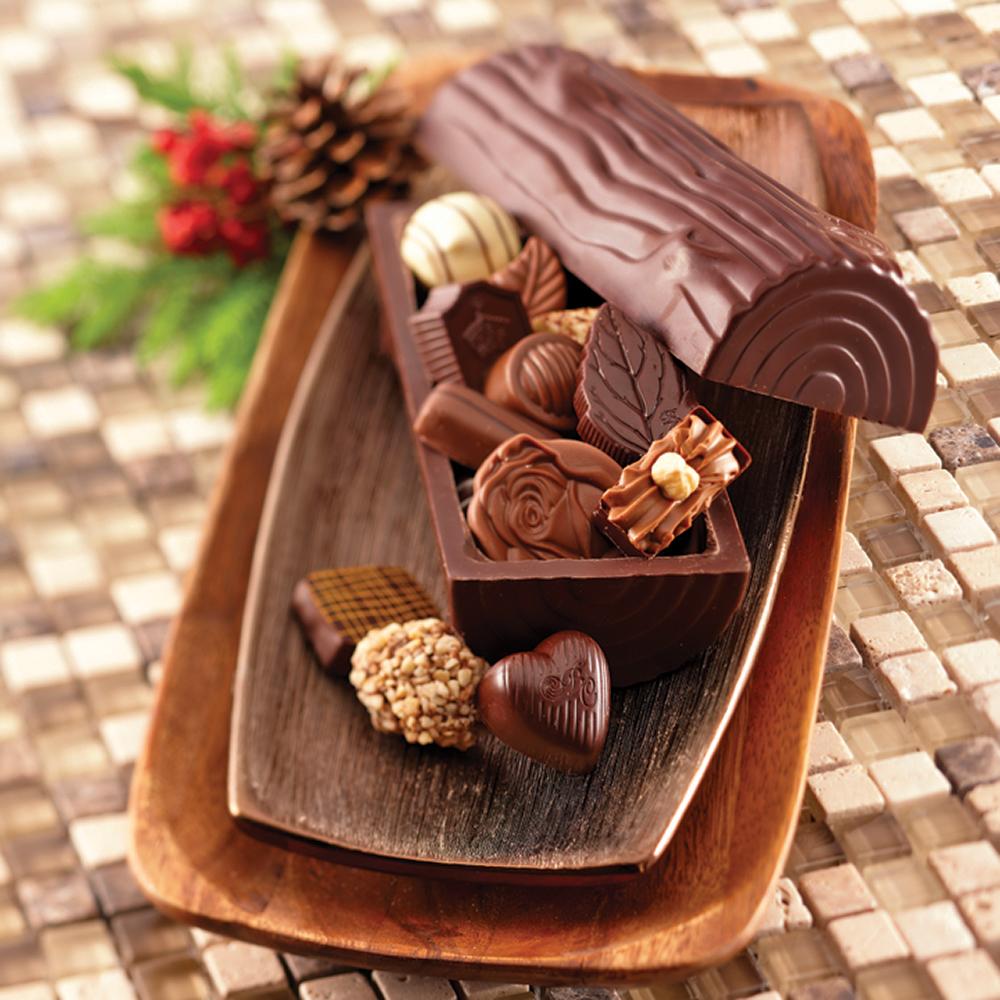 Chocolaterie Bernard Callebaut / Broadmead / by Cococo Chocolati | store | 777 Royal Oak Dr, Victoria, BC V8X 4V1, Canada | 2507441596 OR +1 250-744-1596