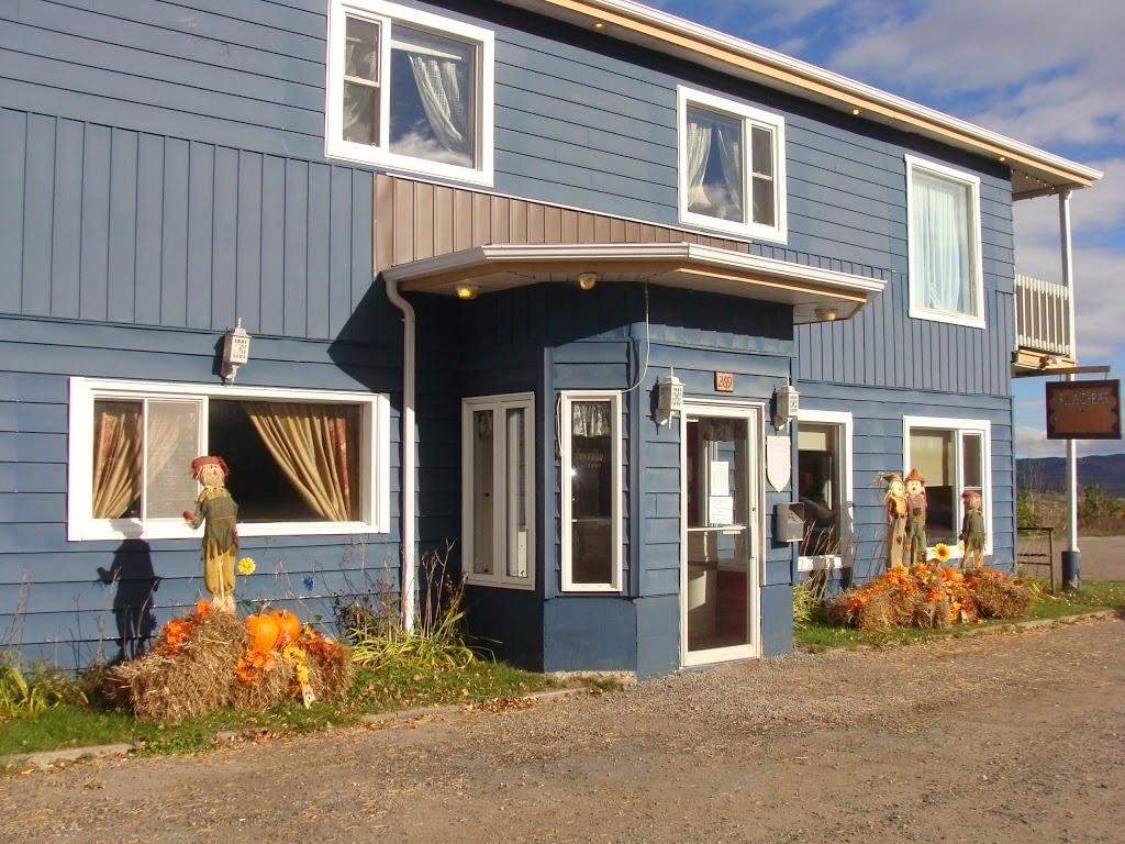 Restaurant Bar Miche-Main | lodging | 269 QC-138, Saint-Hilarion, QC GOA 3VO, Canada | 4184573487 OR +1 418-457-3487