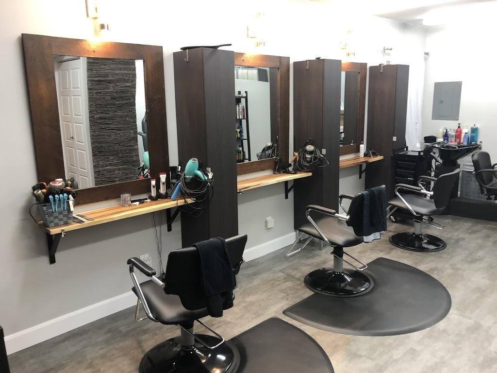 Studio Yuri Diaz | hair care | 2625-A Boulevard Neuvialle, Québec, QC G1P 3A7, Canada | 4182657906 OR +1 418-265-7906