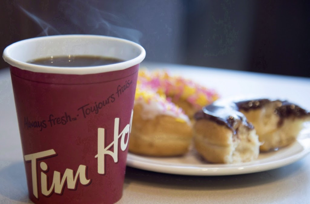 Tim Hortons | cafe | 2755 Riverside Dr, Ottawa, ON K1A 0B1, Canada | 6132470101 OR +1 613-247-0101