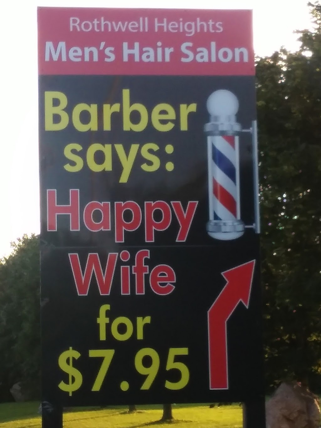 Rothwell Heights Barber Shop | hair care | 949 Montreal Rd, Ottawa, ON K1K 0S6, Canada | 6137410763 OR +1 613-741-0763