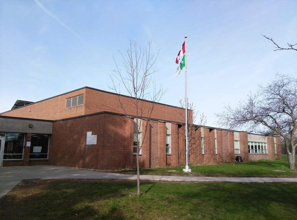 Jeanne-Lajoie Elementary School yara | school | 150 Carnforth Rd, North York, ON M4A 2H6, Canada | 4163972080 OR +1 416-397-2080