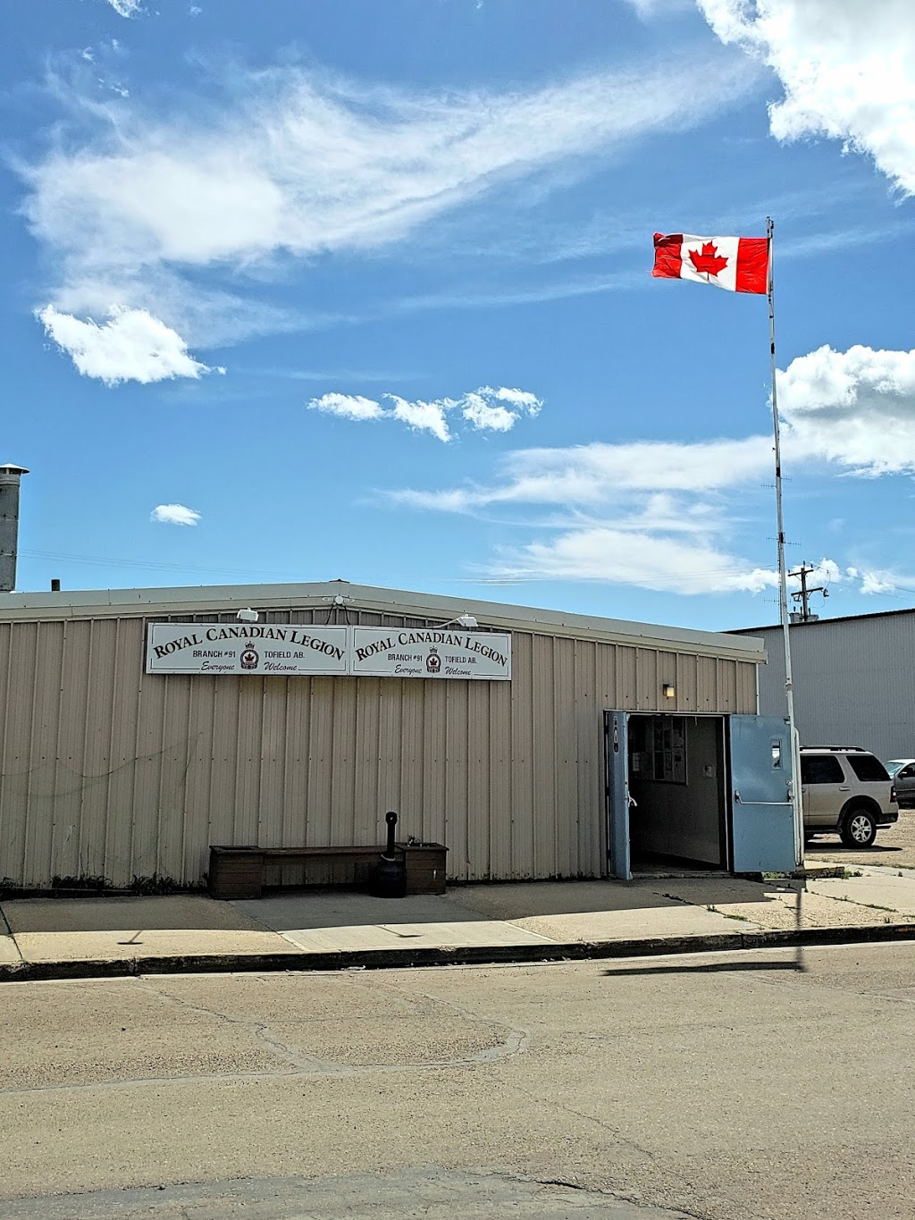 Royal Canadian Legion Branch 91   point of interest   4909 52 Ave, Tofield, AB T0B 4J0, Canada   7806623112 OR +1 780-662-3112