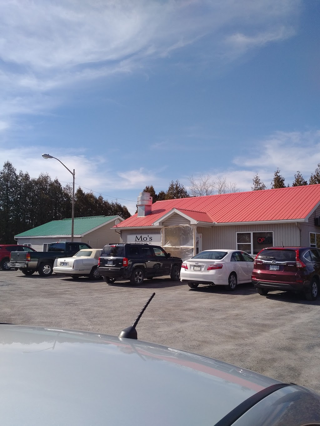 Mos Diner | restaurant | 5104 ON-138, St Andrews West, ON K0C 2A0, Canada | 6139384720 OR +1 613-938-4720